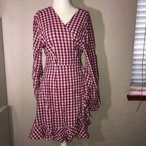 SNEAK PEEK Gingham Wrap Long Sleeve Dress Sz L